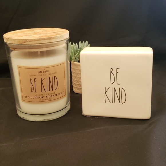 "Rae Dunn ""Be Kind"" Candle and Block Bundle 🕯"